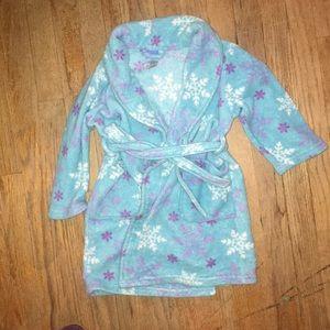 Frozen robe